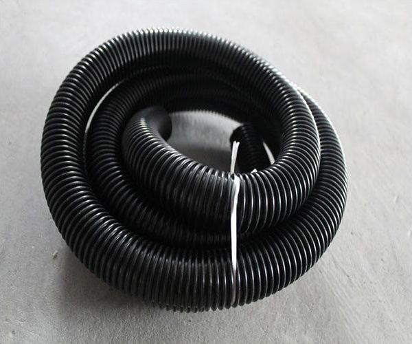 vacuum-cleaner-hose1